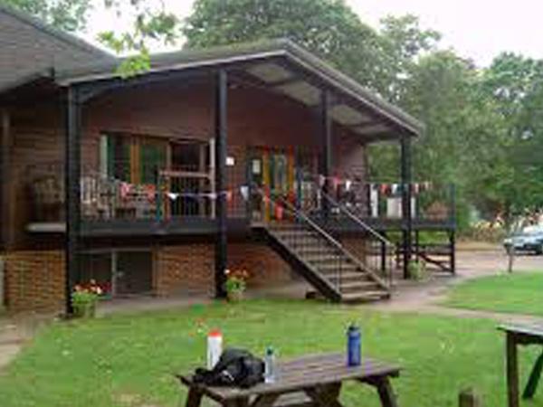 Wraysbury-Skiff-and-Punting-Club